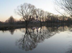 У светлой воды реки Трубеж