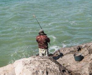Рыбалка на побережье Крыма
