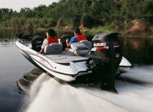 Как выбрать подвесной мотор для лодки?