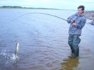 Рыбалка на реках севера...