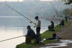 Рыбалка на Москве-реке осенью
