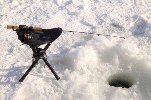Мастерим черпак для зимней рыбалки