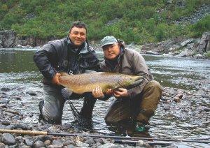 Рыбная охота за лососем