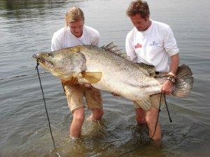 5 причин отпустить мужа на рыбалку
