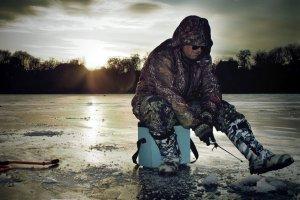 Подледный лов байкальского омуля