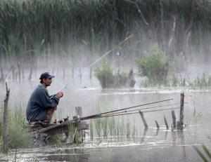 Для рыбалки нет плохой погоды, а для клева - есть