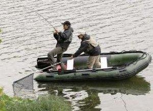 Ловля рыбы с лодки сплавом