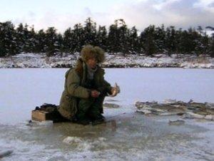 Правила зимней ловли по первому льду