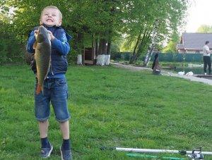 Плюсы и минусы платной рыбалки